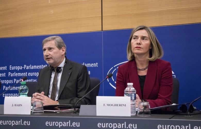 Mogherini dhe Hahni: Zgjedhjet në Kosovë, të qeta dhe të rregullta