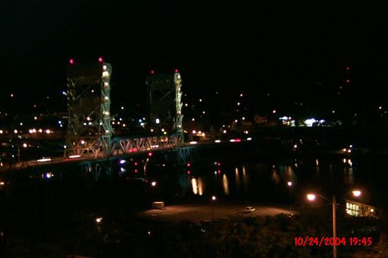 Portage Lake Lift Bridge at night