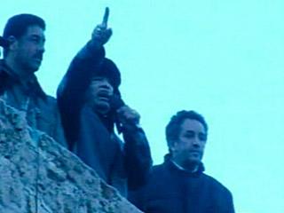 Ver vídeo 'Gadafi anuncia que podría abrir los arsenales a sus partidarios'