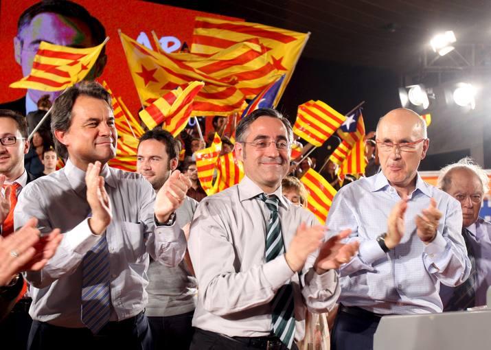 Tremosa (c), Artur Mas (i), y Duran i Lleida (d)