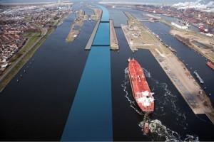 Illustratie nieuwe grote zeesluis bij IJmuiden. Foto: Rijksoverheid