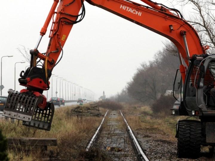 FOTO'S: Spoorlijn Kanaaldijk verwijderd