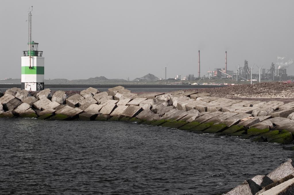 Tata Steel: 'Aantal ontslagen pas half maart bekend'