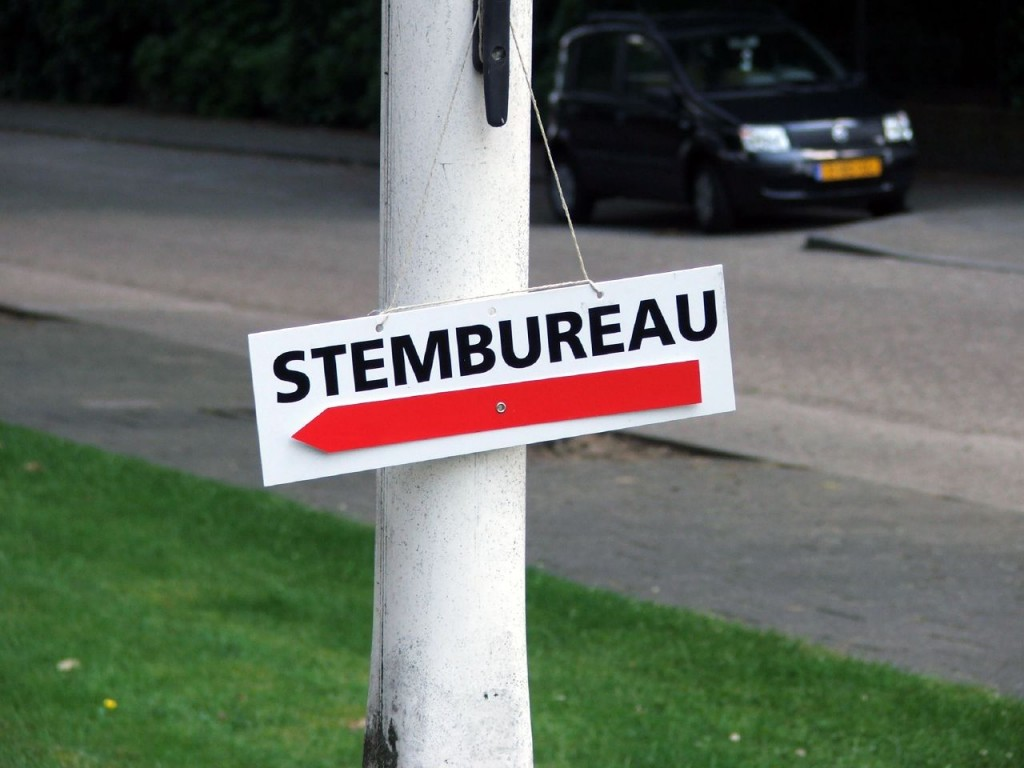 #VelsenKiest: Stembureau's open