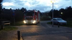 De brandweer ging in heel Zeewijk op zoek naar de brand. Foto: RTV Seaport/Dennis Gouda