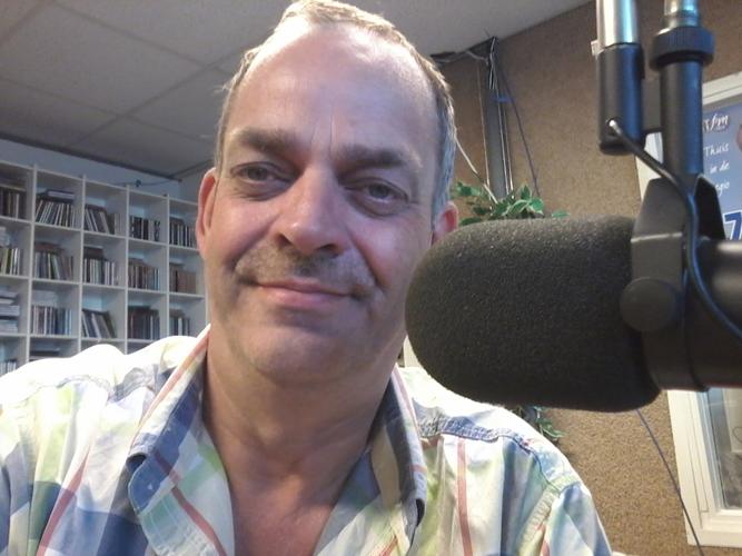 Radioman Marcel Out (53) overleden