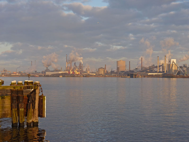 Grote brand bij Tata Steel IJmuiden