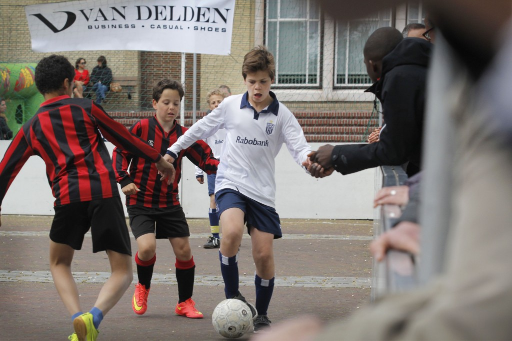 Van Delden Straatvoetbal tournooi