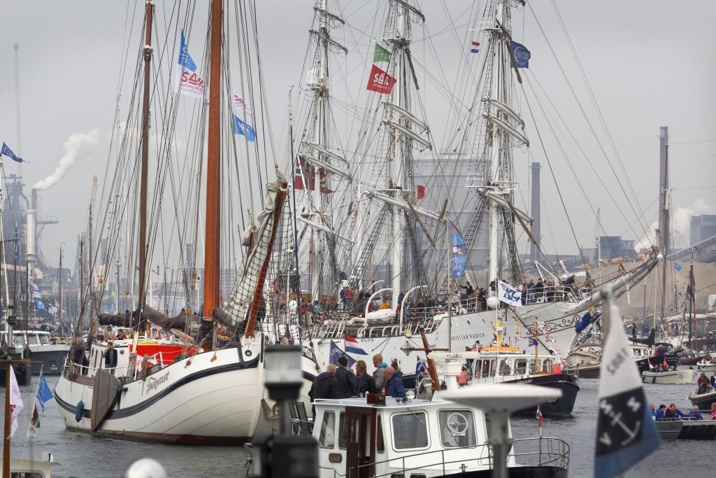 Sail-In Parade