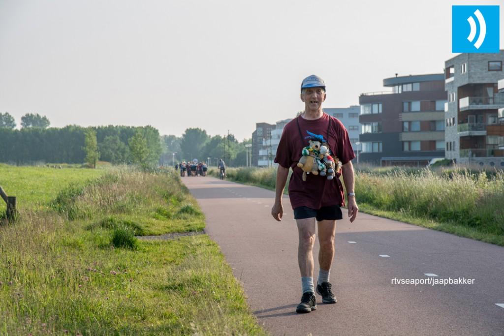 2016-05-27 Avond4daagse Velserbroek (7)