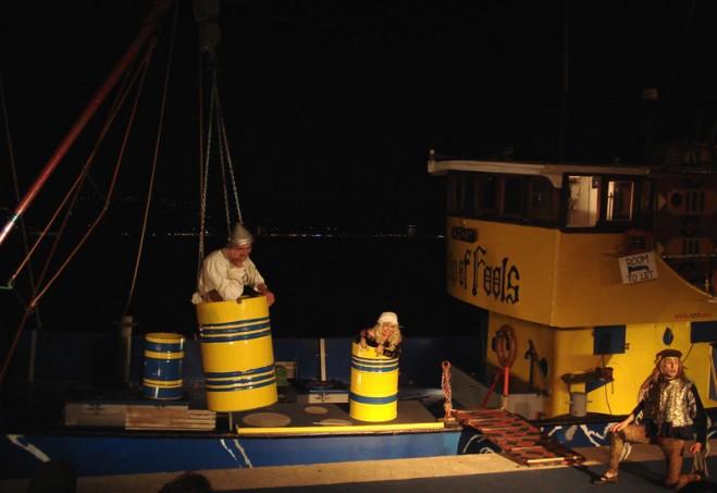 Nachtvoorstelling op Ship of Fools