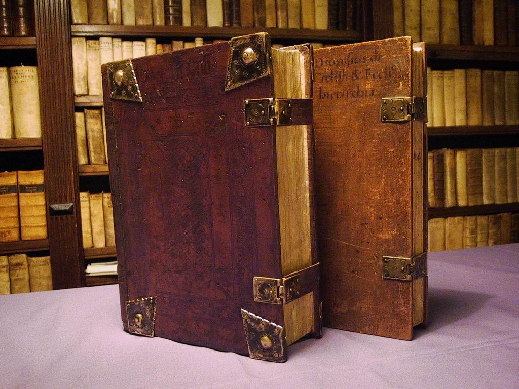 Taxatie oude boeken, bijbels en documenten
