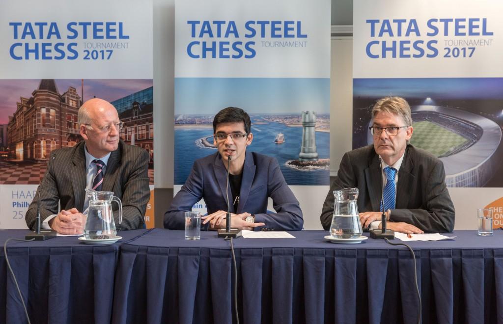 Carlsen én uitdager Karjakin op toernooi