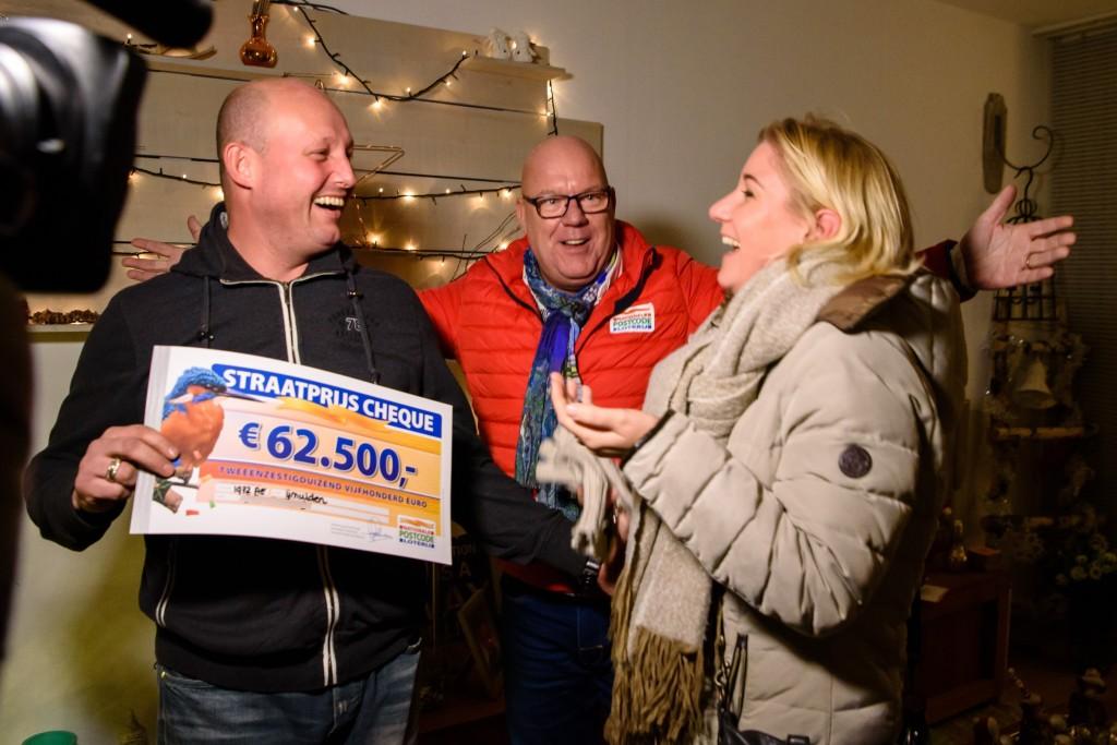 Loterijspektakel in de Trompstraat