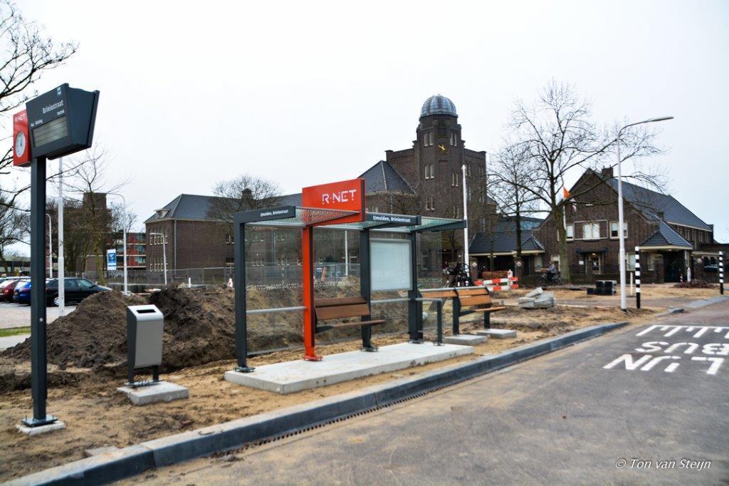 Feestelijke opening busbaan HOV Velsen