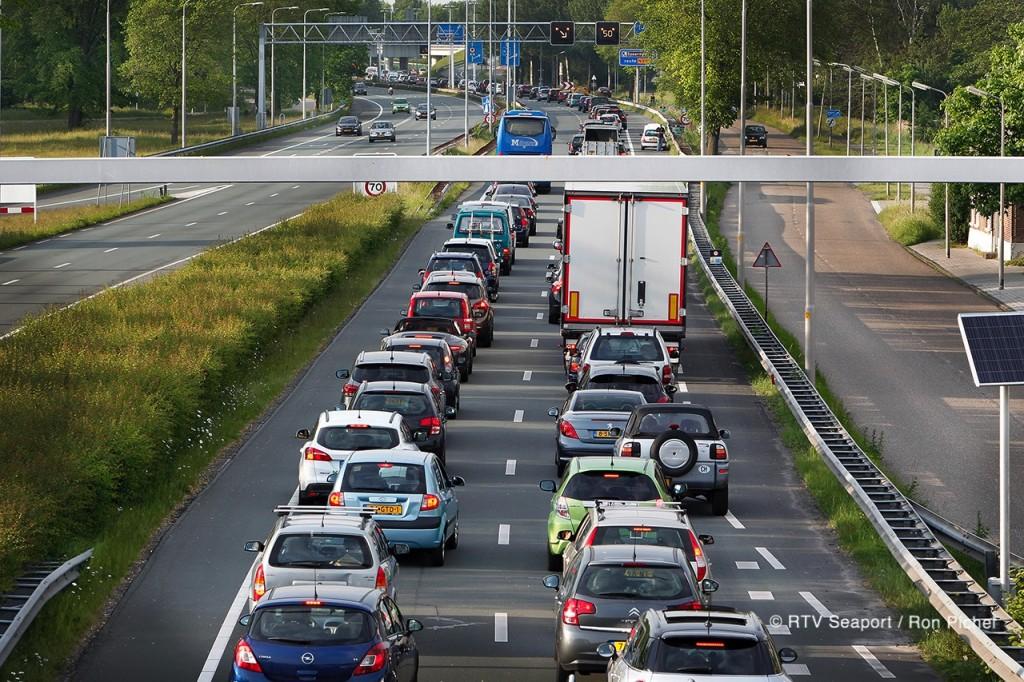 Verkeersinfarct Velsertunnel
