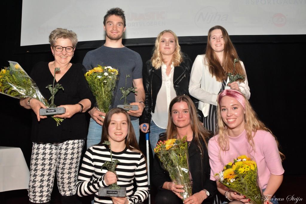 Volgepakt Thalia geniet van Sportgala Velsen