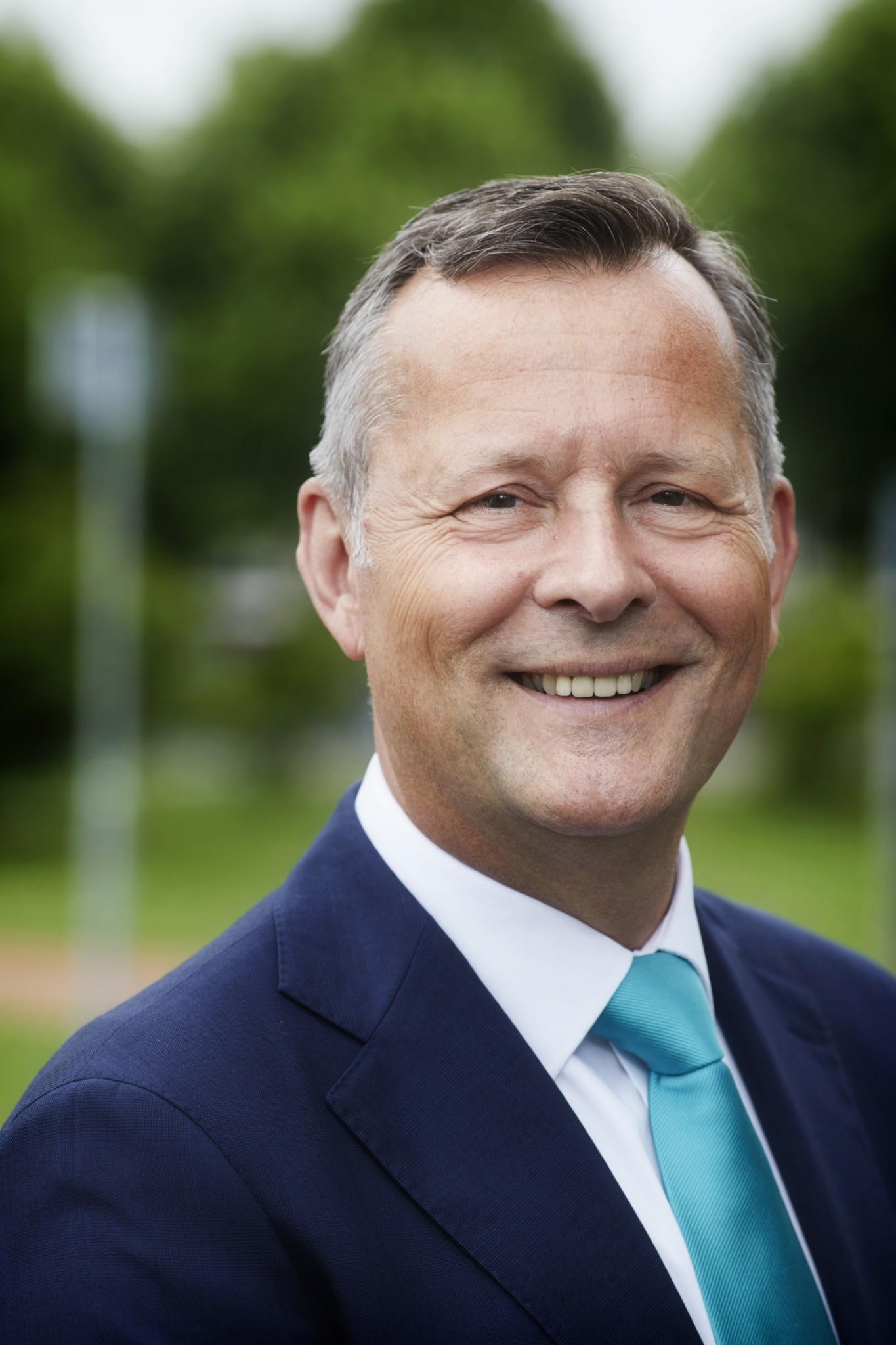 Arthur van Dijk opvolger Johan Remkes