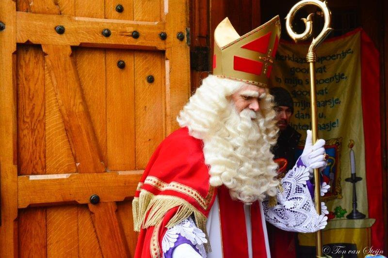Sint feestelijk onthaald in Driehuis en Santpoort