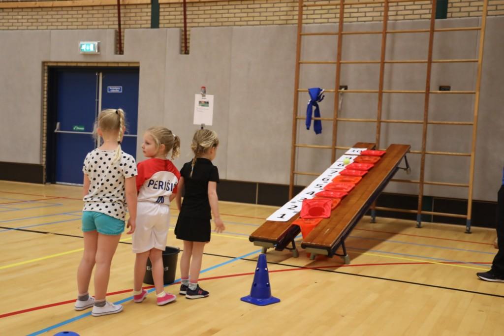 2019-04-30 Groep 1-3 sportmix Sporthal IJmuiden - 00007