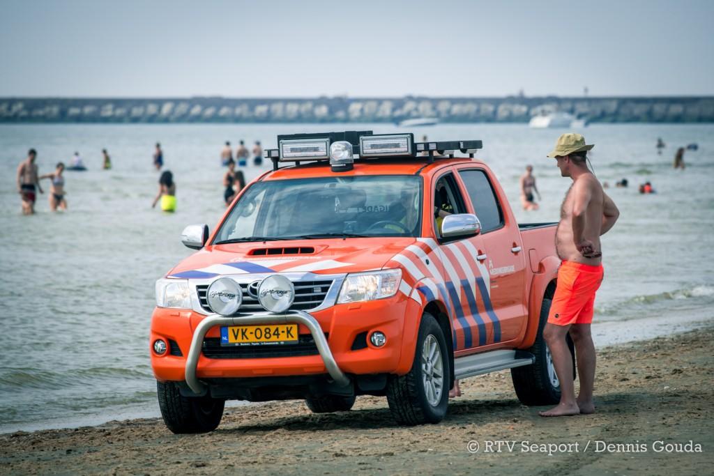 """Reddingsbrigade waarschuwt over koude zeewater: """"Ga niet uitgebreid zwemmen"""""""