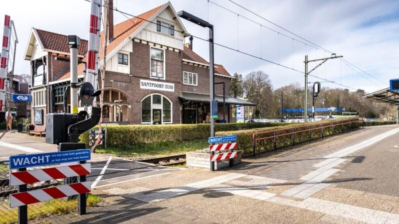 Tweede onbewaakte overweg in Santpoort-Zuid gesloten