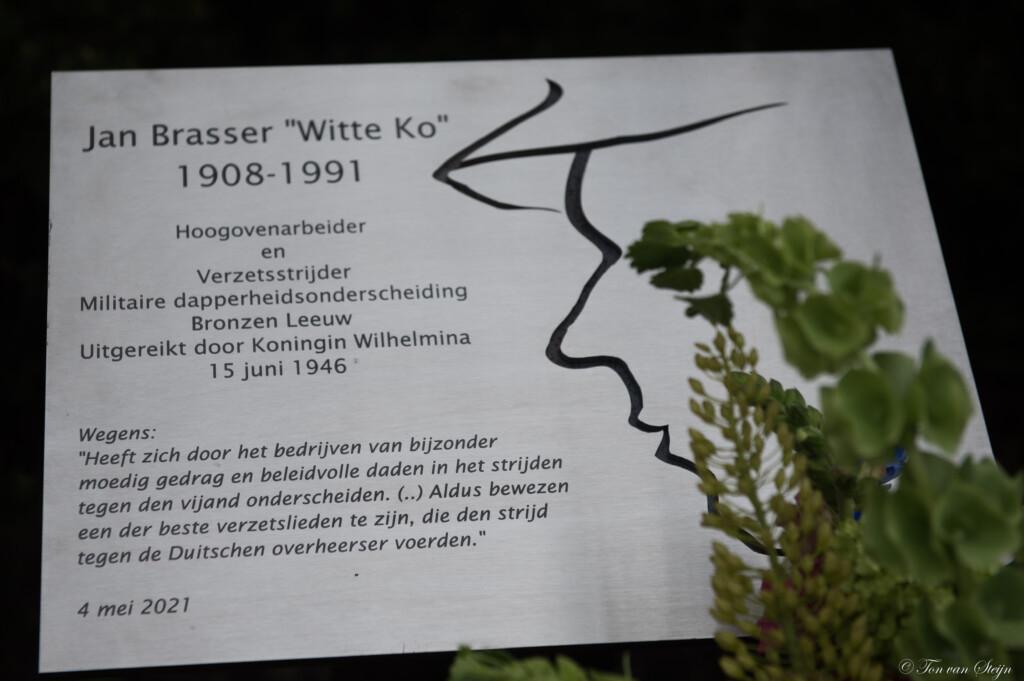Plaquette Jan Brasser onthuld