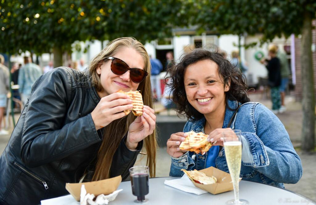Terugblik: feest op het plein tijdens Santpoort Food Fest