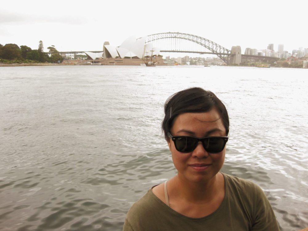 Sydney Selfie - Round The World Girl