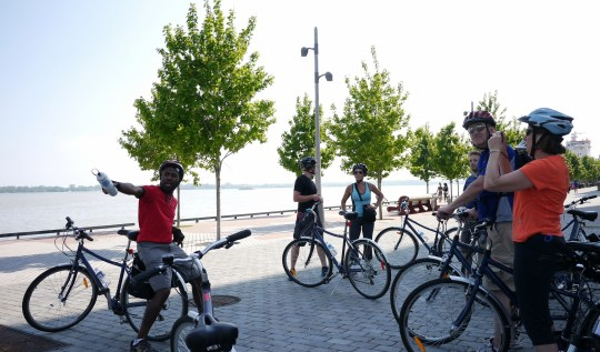 Toronto Bicycle Tours | www.rtwgirl.com