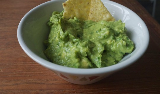 Guacamole Recipe | www.rtwgirl.com