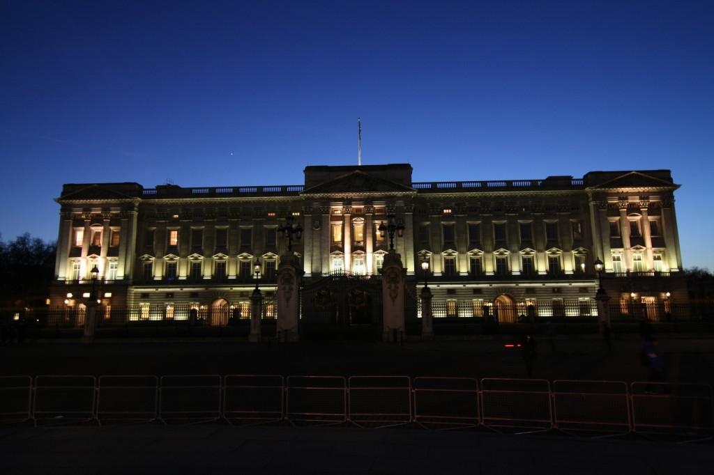 Buckingham Palace RTW