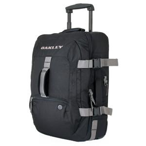 Oakley Bag RTW Trip Packing List | www.rtwgirl.com