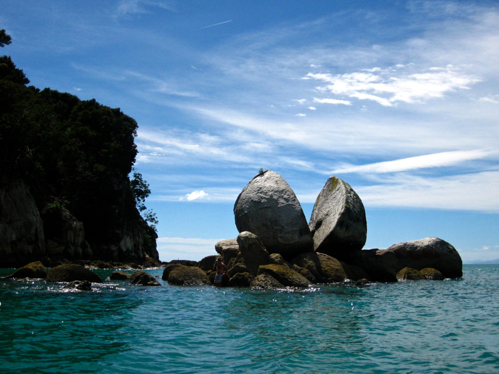 Split Apple Rock Abel Tasman National Park | www.rtwgirl.com