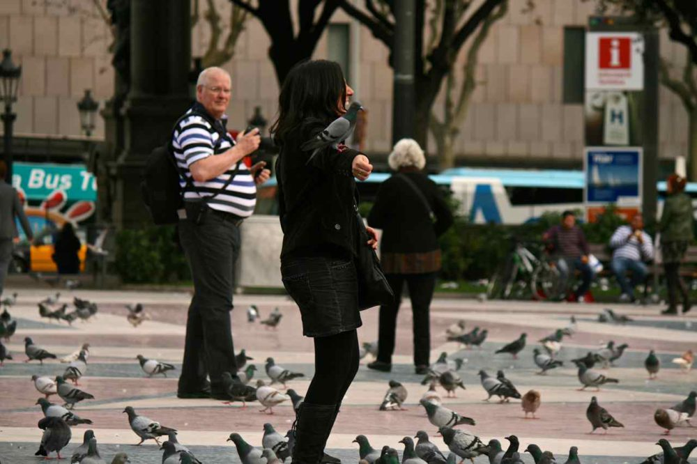 Plaza Catalunya Barcelona | www.rtwgirl.com