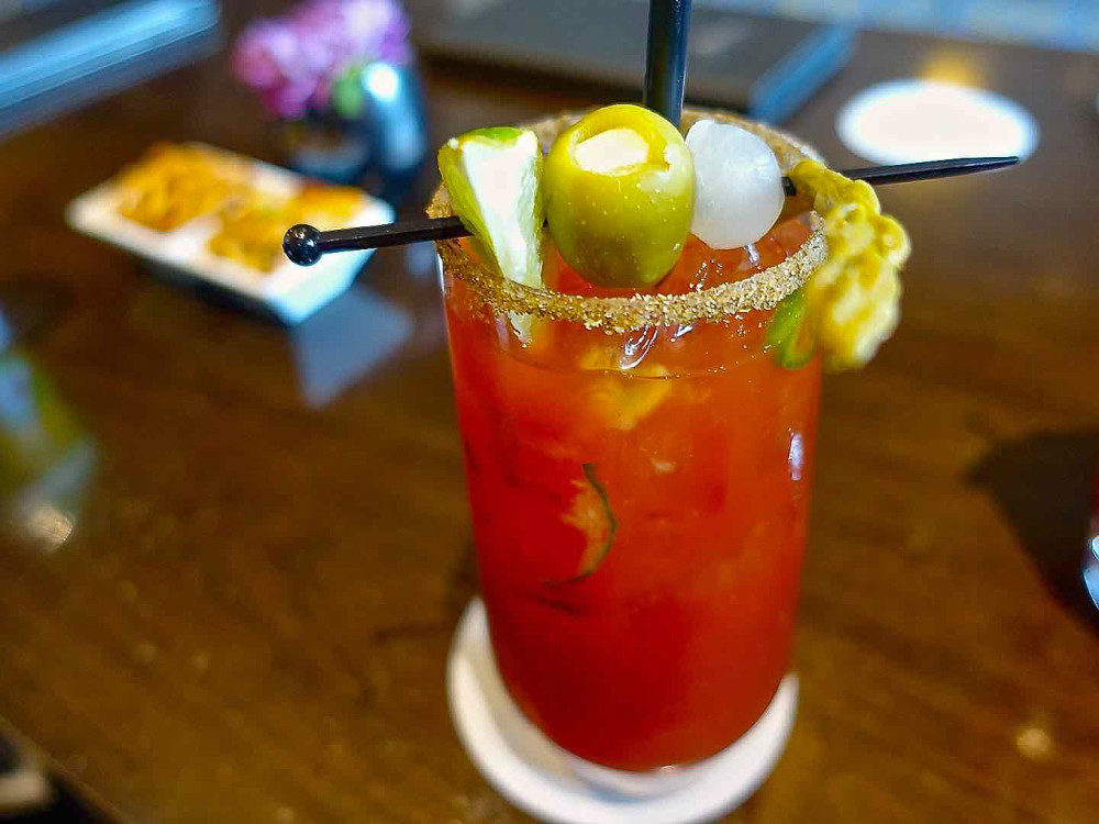 Rundle Lounge Caesar