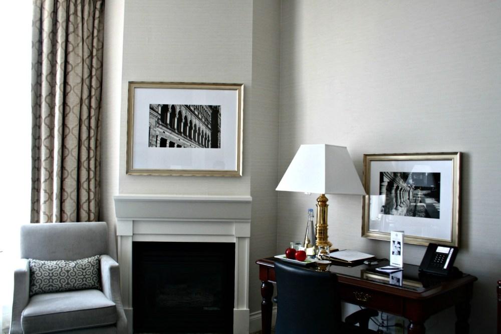 Suite in Victoria | www.rtwgirl.com