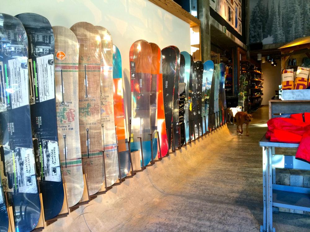 Los Angeles Flagship Shop Burton