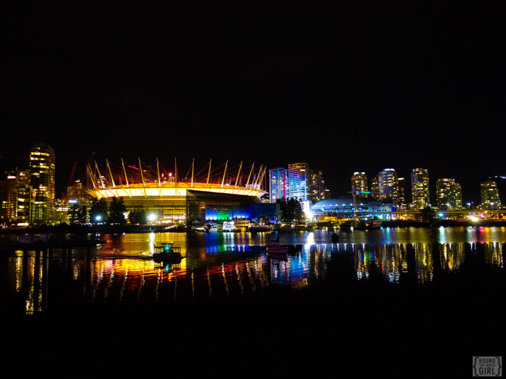 Sony RX100M3 Vancouver at night | www.rtwgirl.com