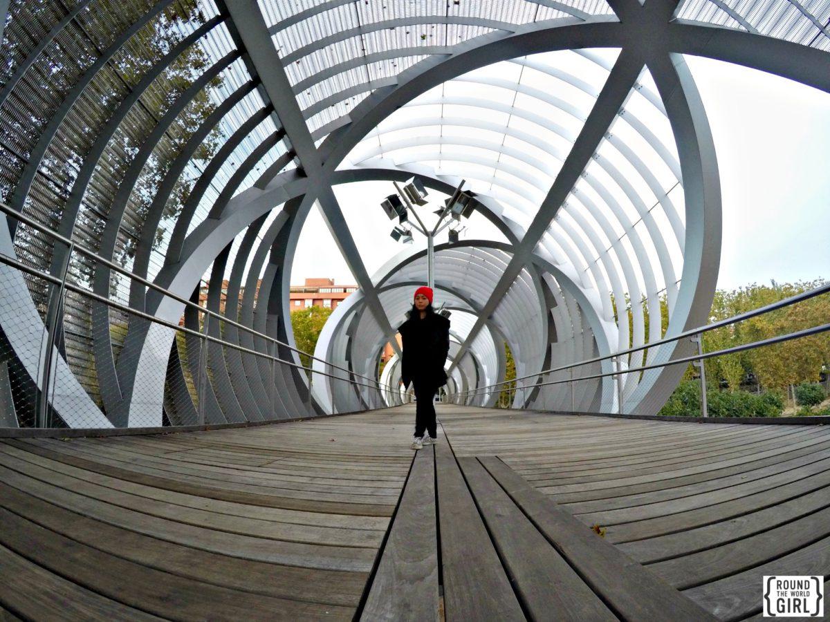 Madrid Arganzuela Footbridge | www.rtwgirl.com