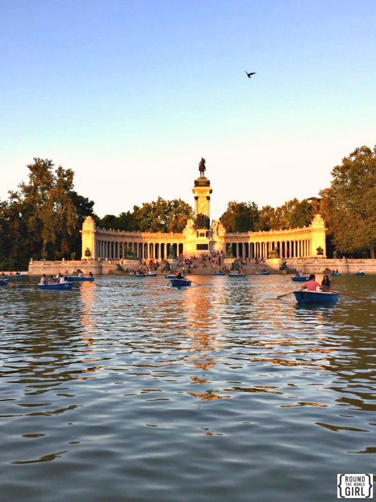 Retiro Park | www.rtwgirl.com
