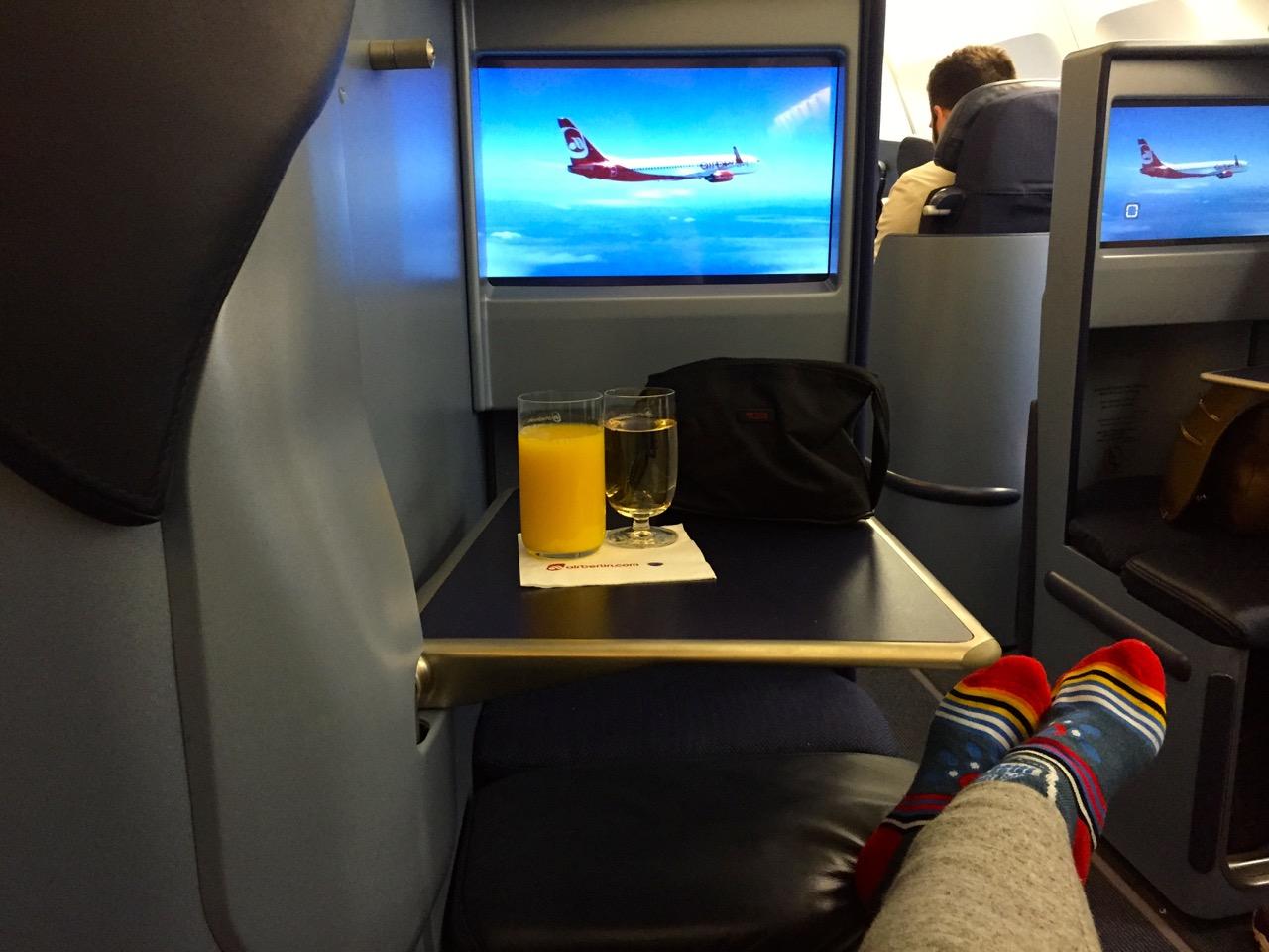 Long Haul Flight Essentials | www.rtwgirl.com