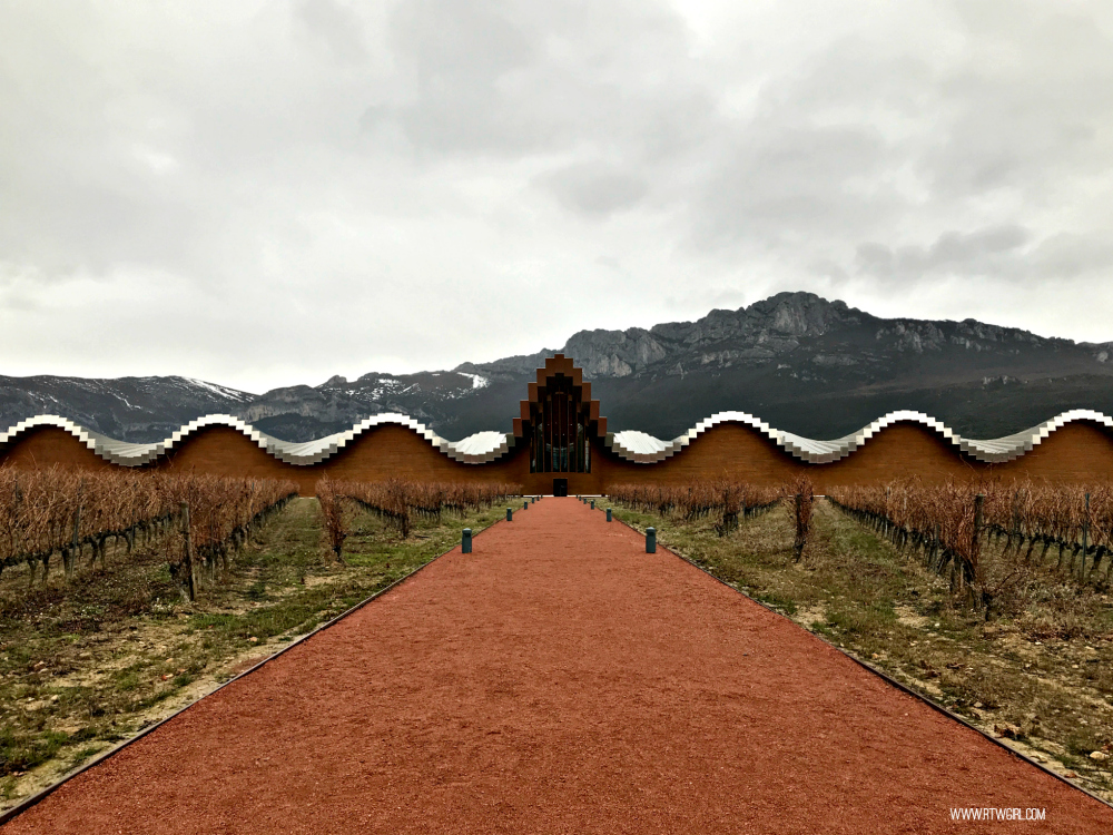 Bodega Ysios - La Rioja Weekend | www.rtwgirl.com