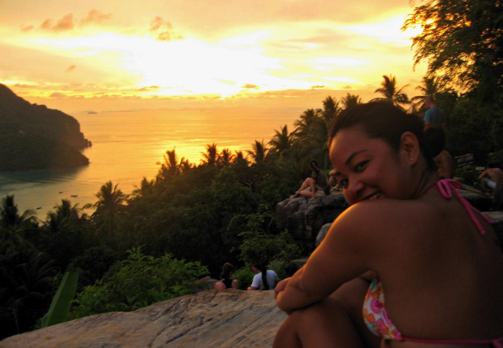 Koh Phi Phi Thailand | www.rtwgirl.com