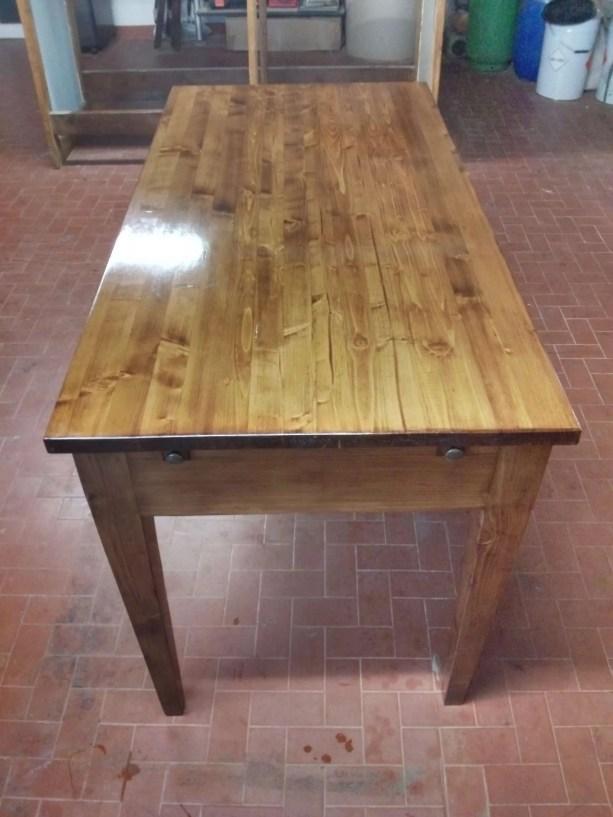 6. Immagini del restyling di un tavolo allungabile in abete massello.jpg