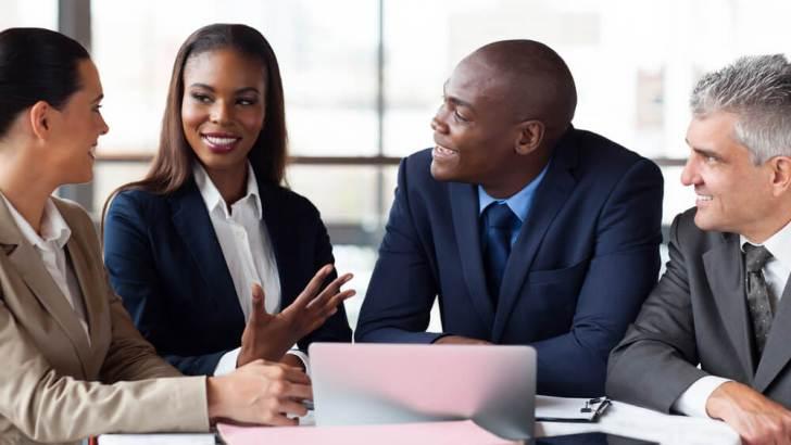Bangunlah hubungan baik dengan klien dan pahami kebutuhan mereka - Cara Membuat Klien Setia Pada Anda - afktravel.com