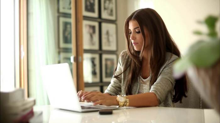 Asyiknya Jadi Freelance Writer - Serunya Freelance Writer - entremarketing.net