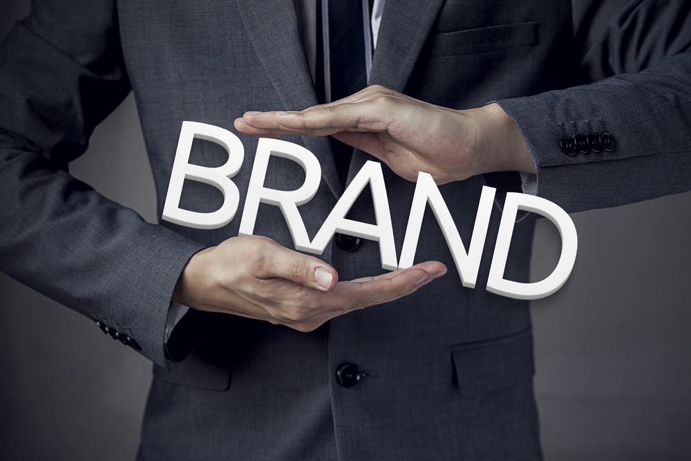 Menciptakan identitas perusahaan
