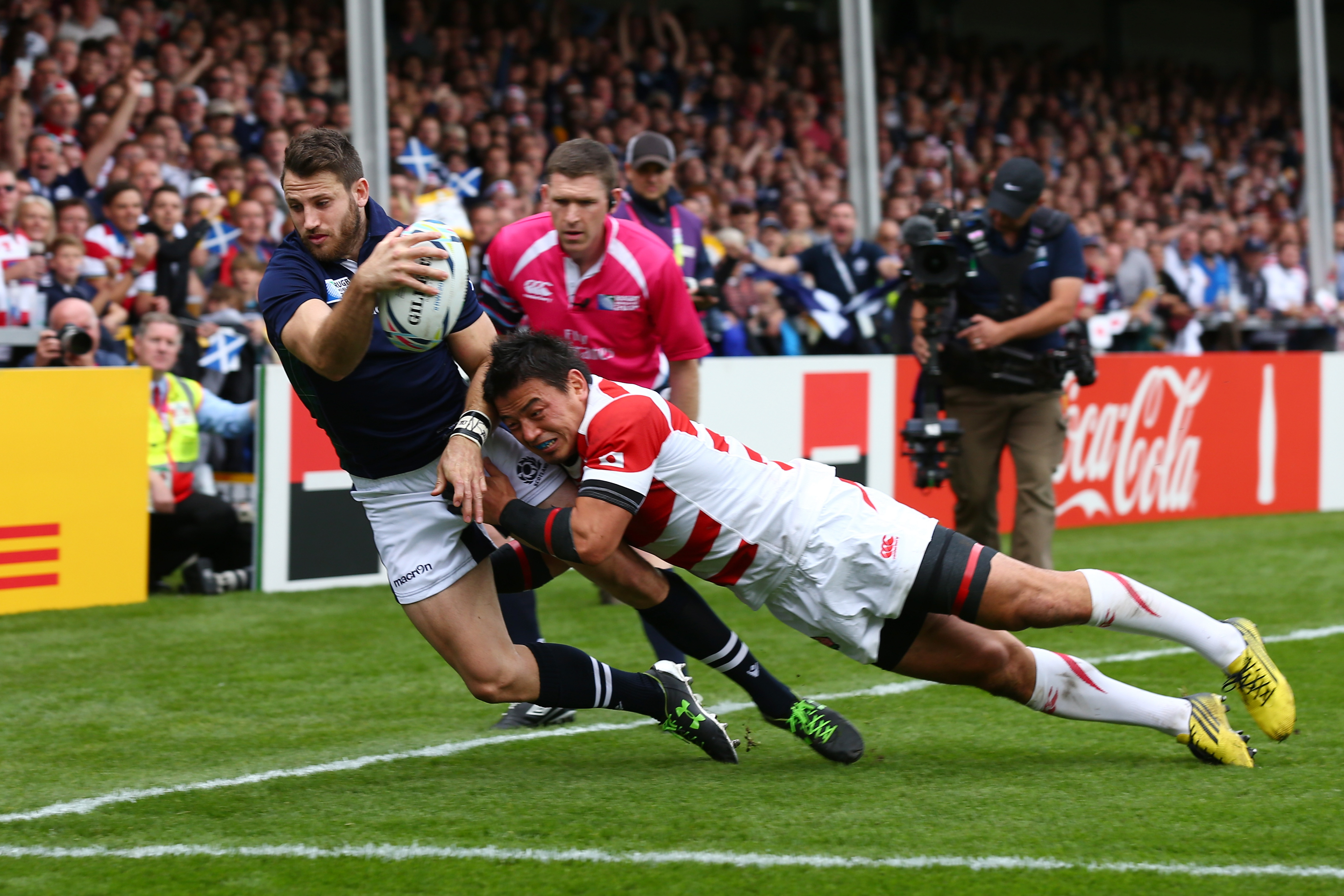 7 of the greatest rugby hits of all time