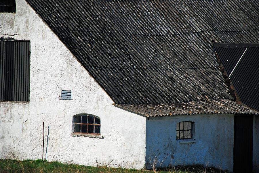 Vitkalkat hus, Skåne, Sverige
